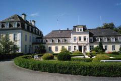 LS-Schloss-Gross-Plasten3